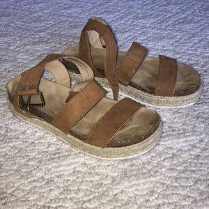 Universal Thread Espadrille Platform Sandals
